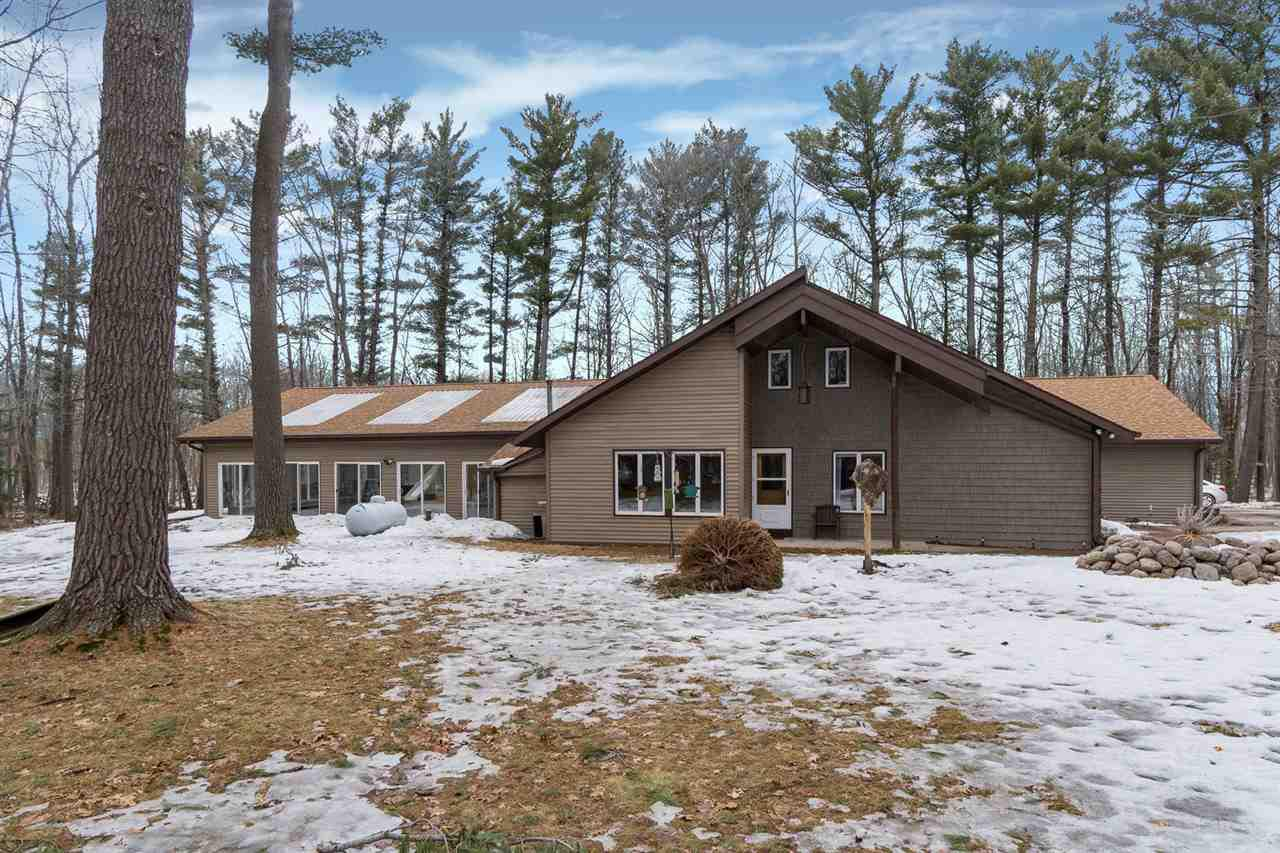 View Single-Family Home For Sale at E9155 EBONY ROSE LANE, New London, WI