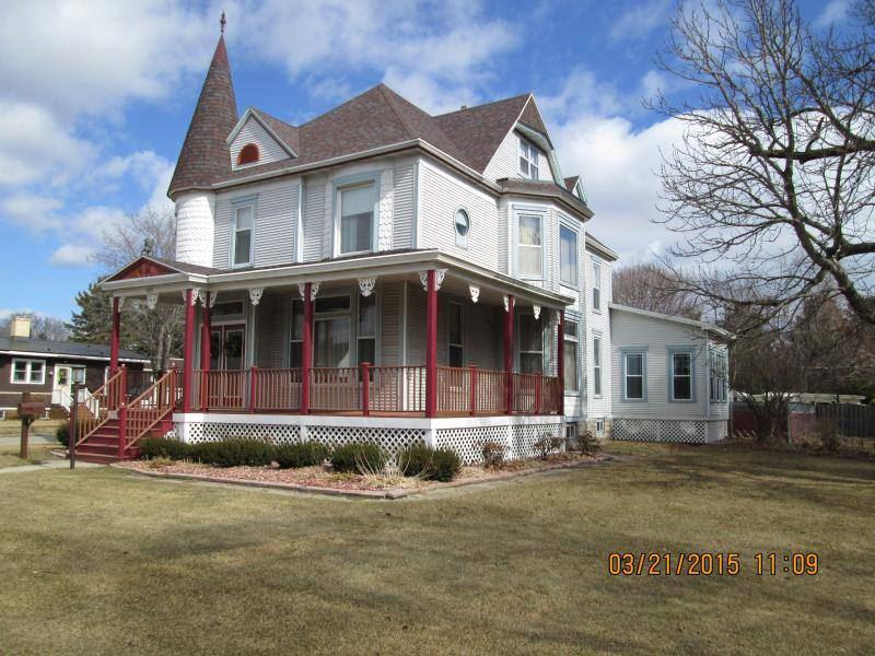 View Single-Family Home For Sale at 427 MAIN STREET, Oconto, WI