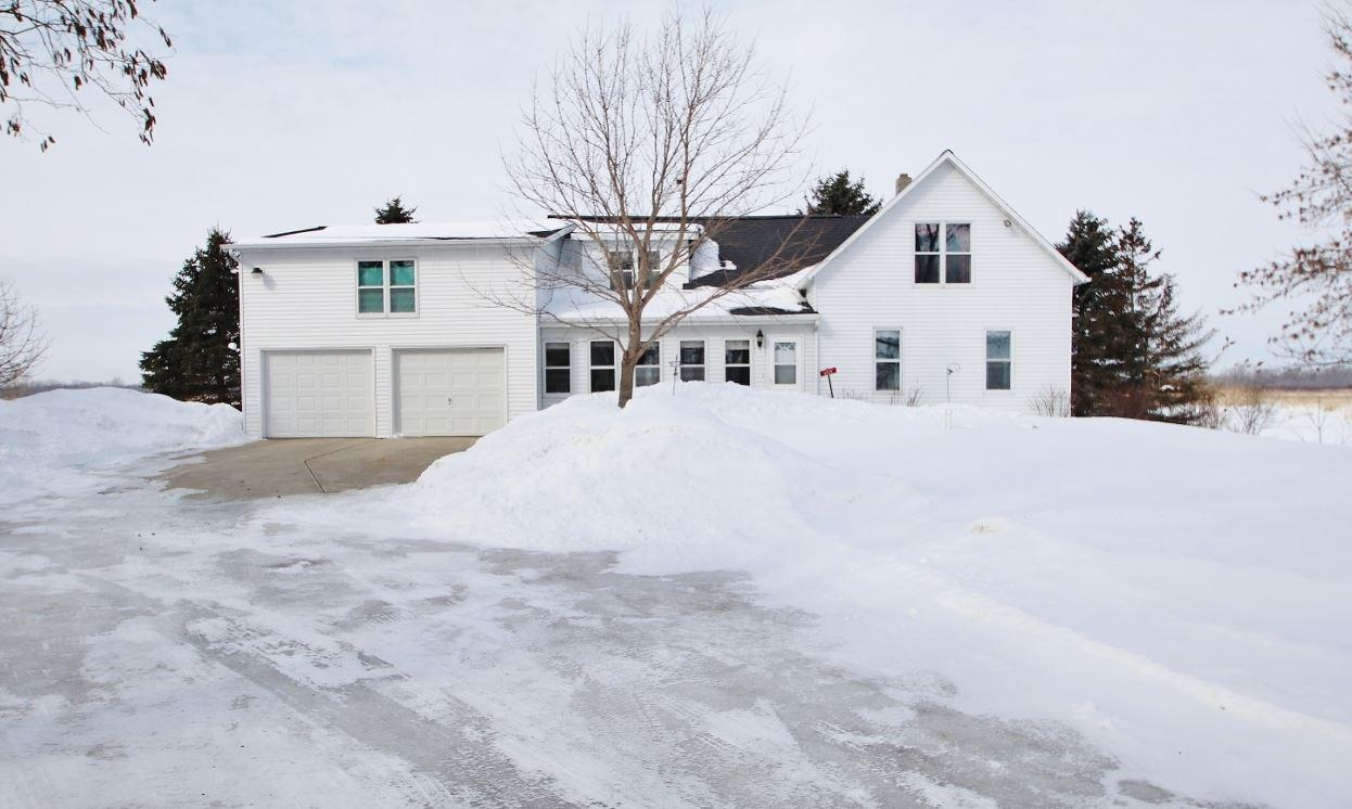 View Single-Family Home For Sale at 6539 N BAYSHORE ROAD, Oconto, WI