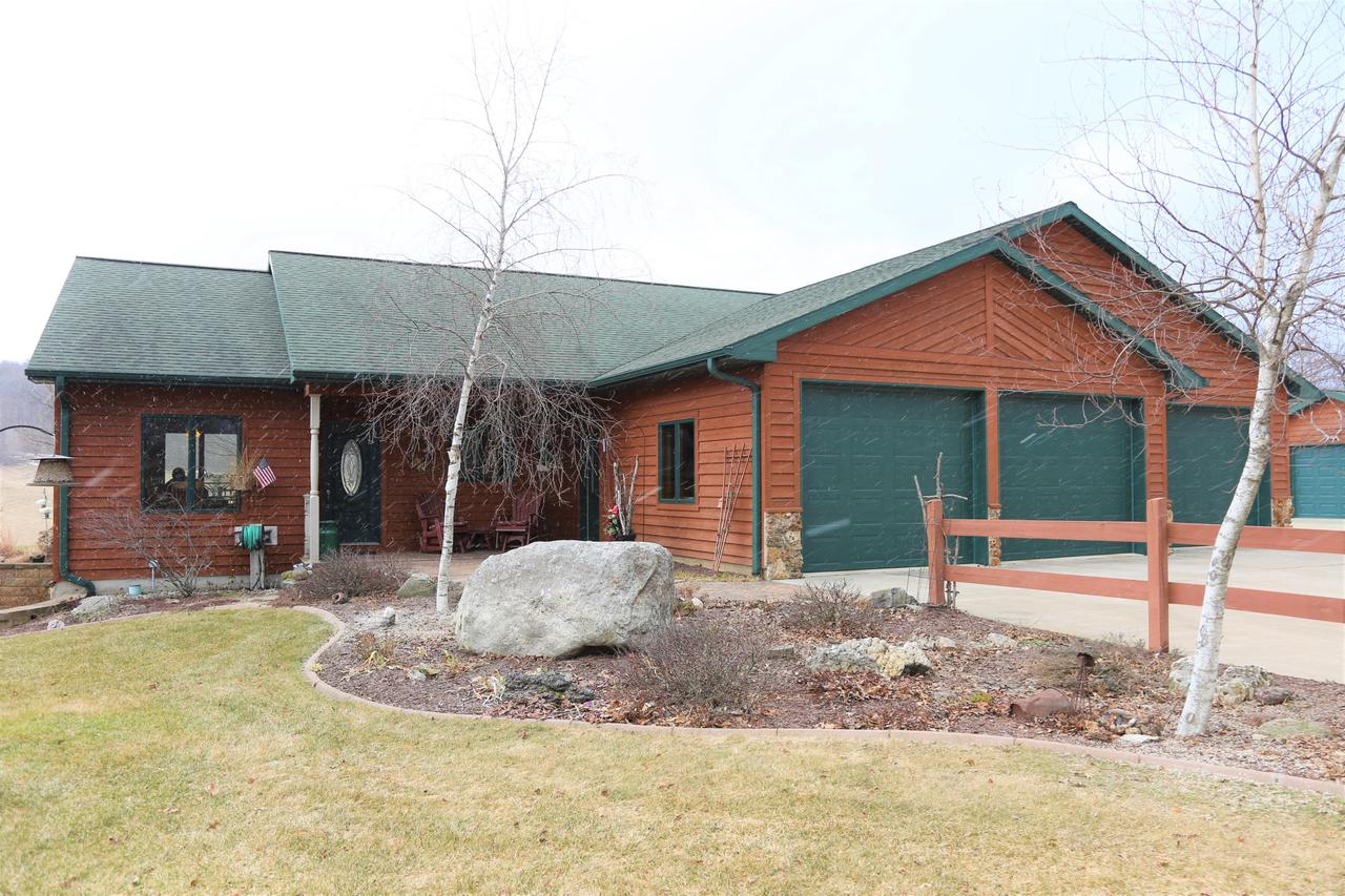 View Single-Family Home For Sale at 9447 Jancing Ave, Sparta, WI