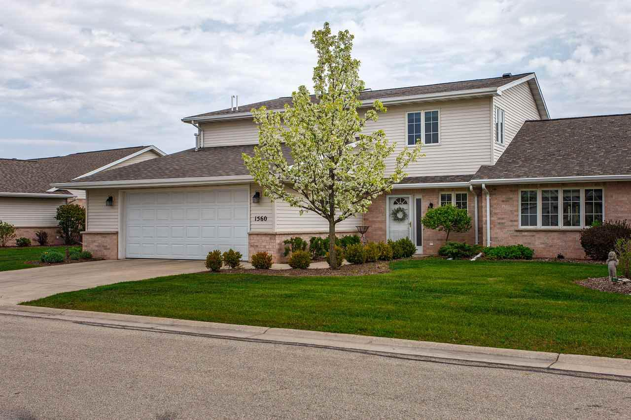 View Condo For Sale at 1560 RIVER PINES DRIVE, Green Bay, WI
