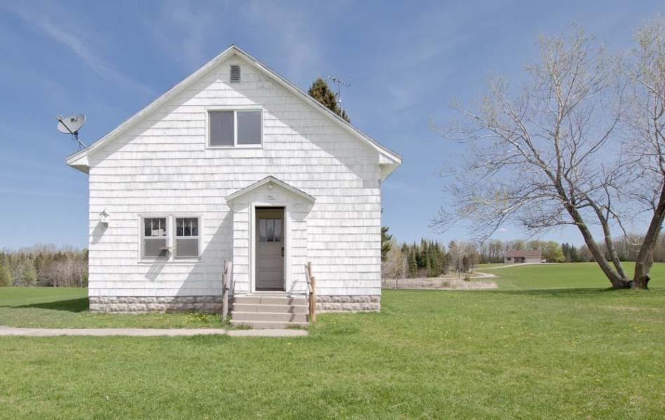 View Single-Family Home For Sale at N11314 Zeil Ln, DAGGETT, MI