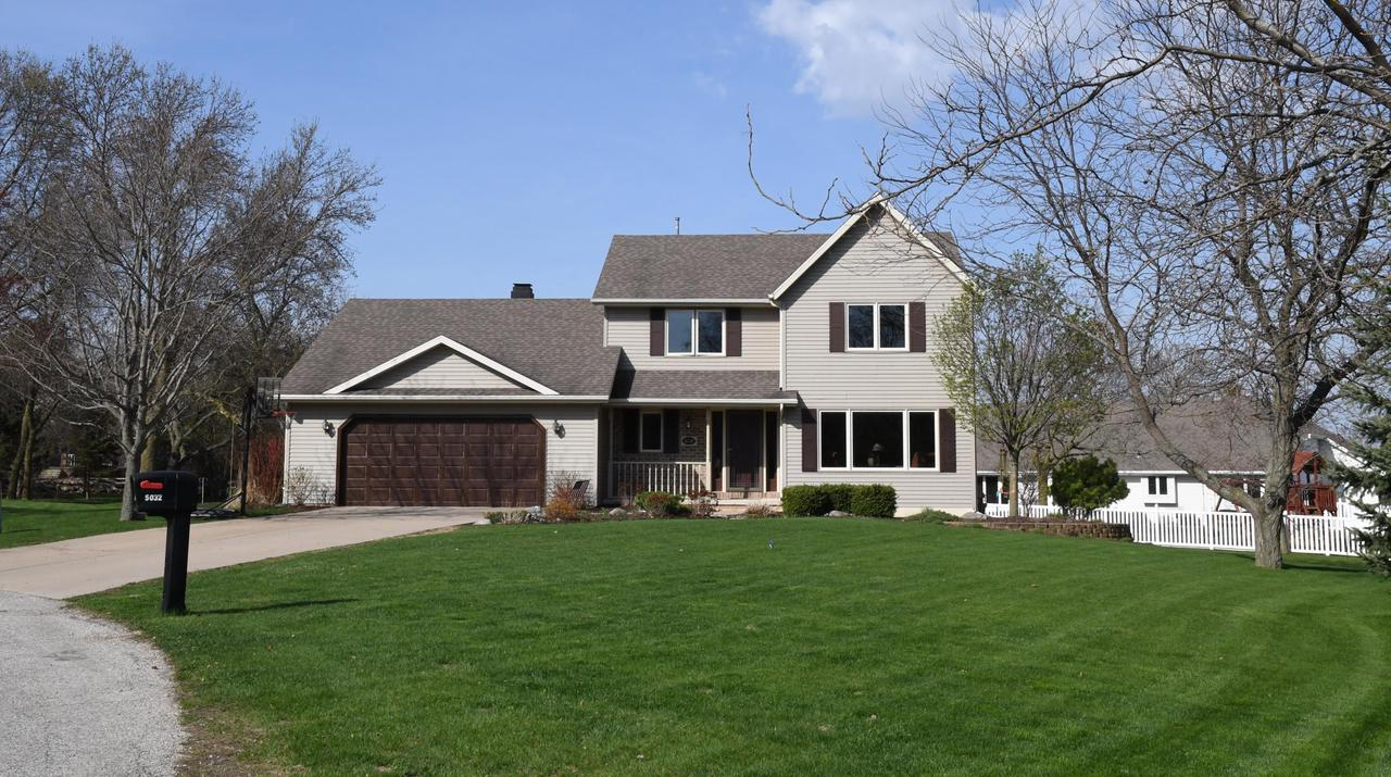 View Single-Family Home For Sale at 5032 Redbud Ct, Green Bay, WI