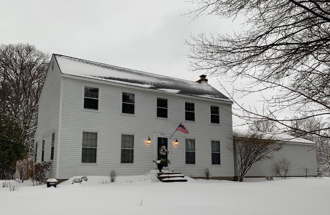 View Single-Family Home For Sale at 2345 Woodview Ln, Marinette, WI