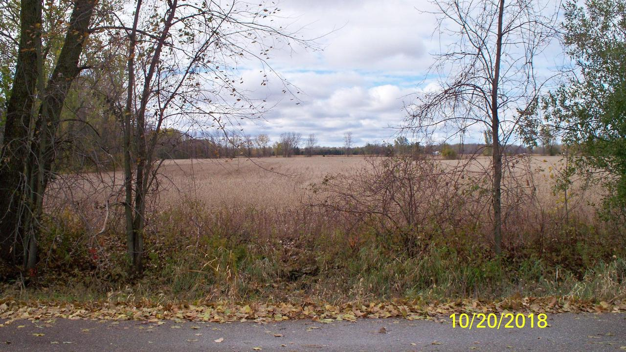 View Vacant Land For Sale at TBD Wawiorka Rd, Krakow, WI
