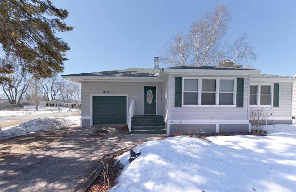 View Single-Family Home For Sale at 4301 7th St, Abbotsford, MI