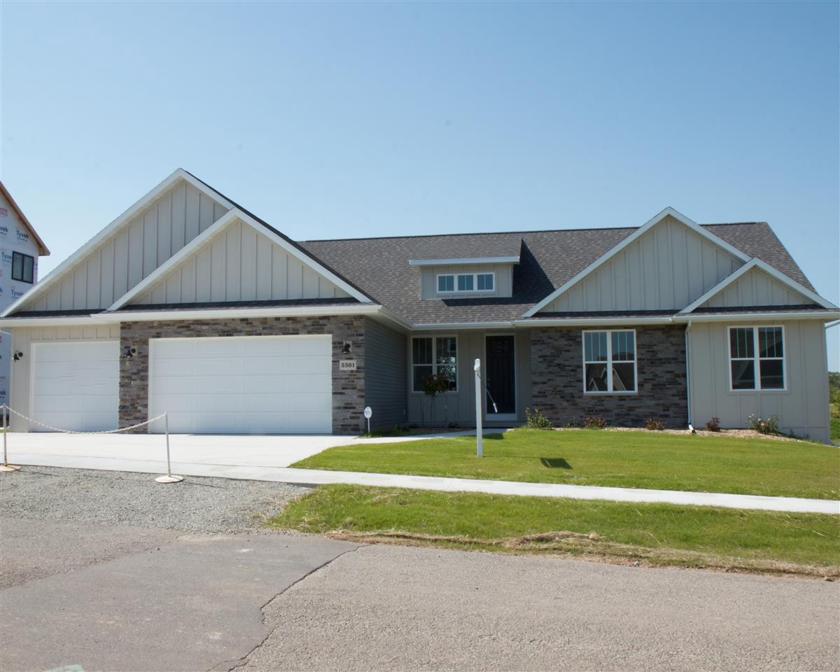 View Single-Family Home For Sale at W7078 RIDGELINE TRAIL, Greenville, WI