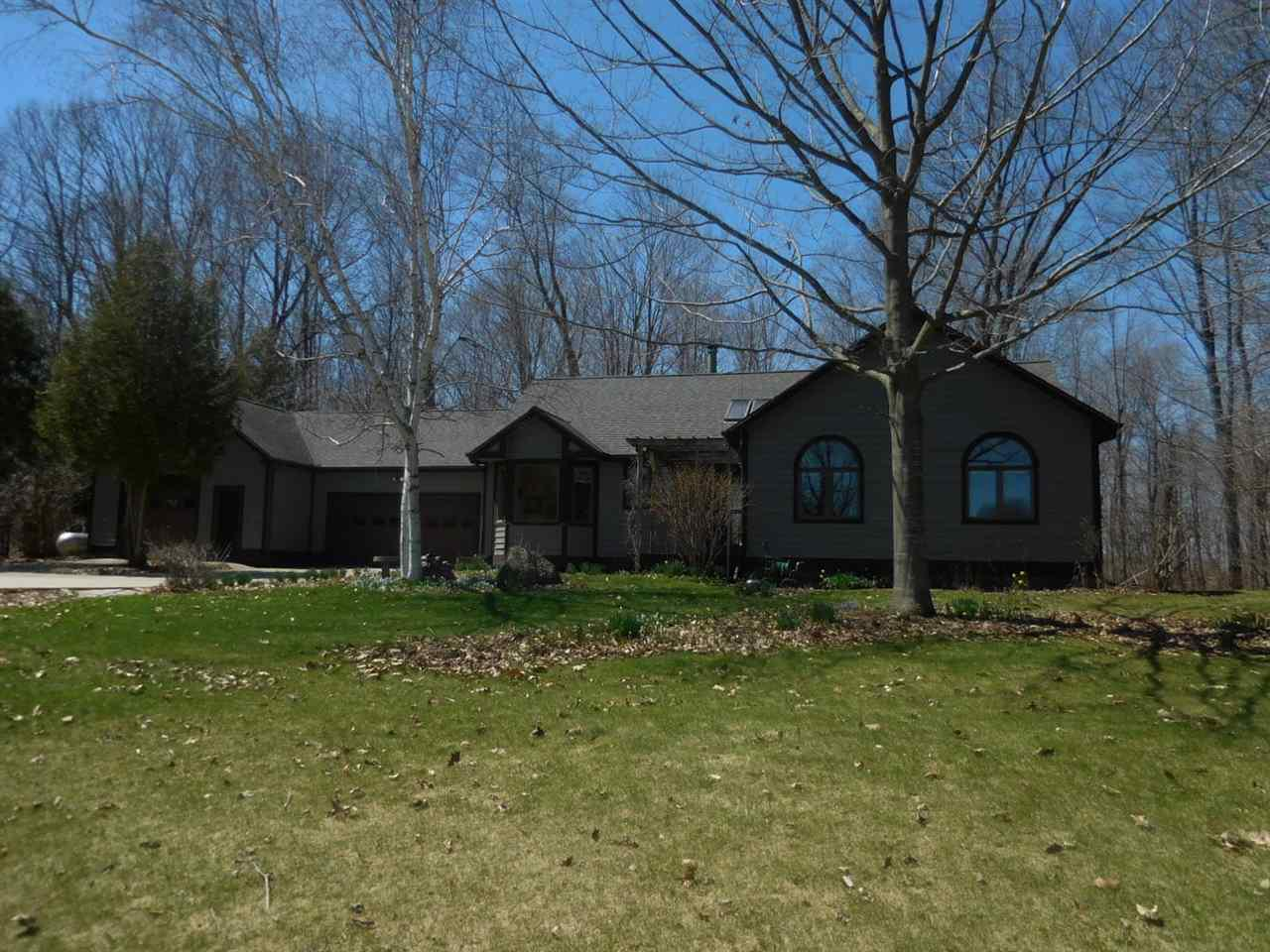 View Single-Family Home For Sale at 17324 LAKEVIEW DRIVE, Maribel, WI