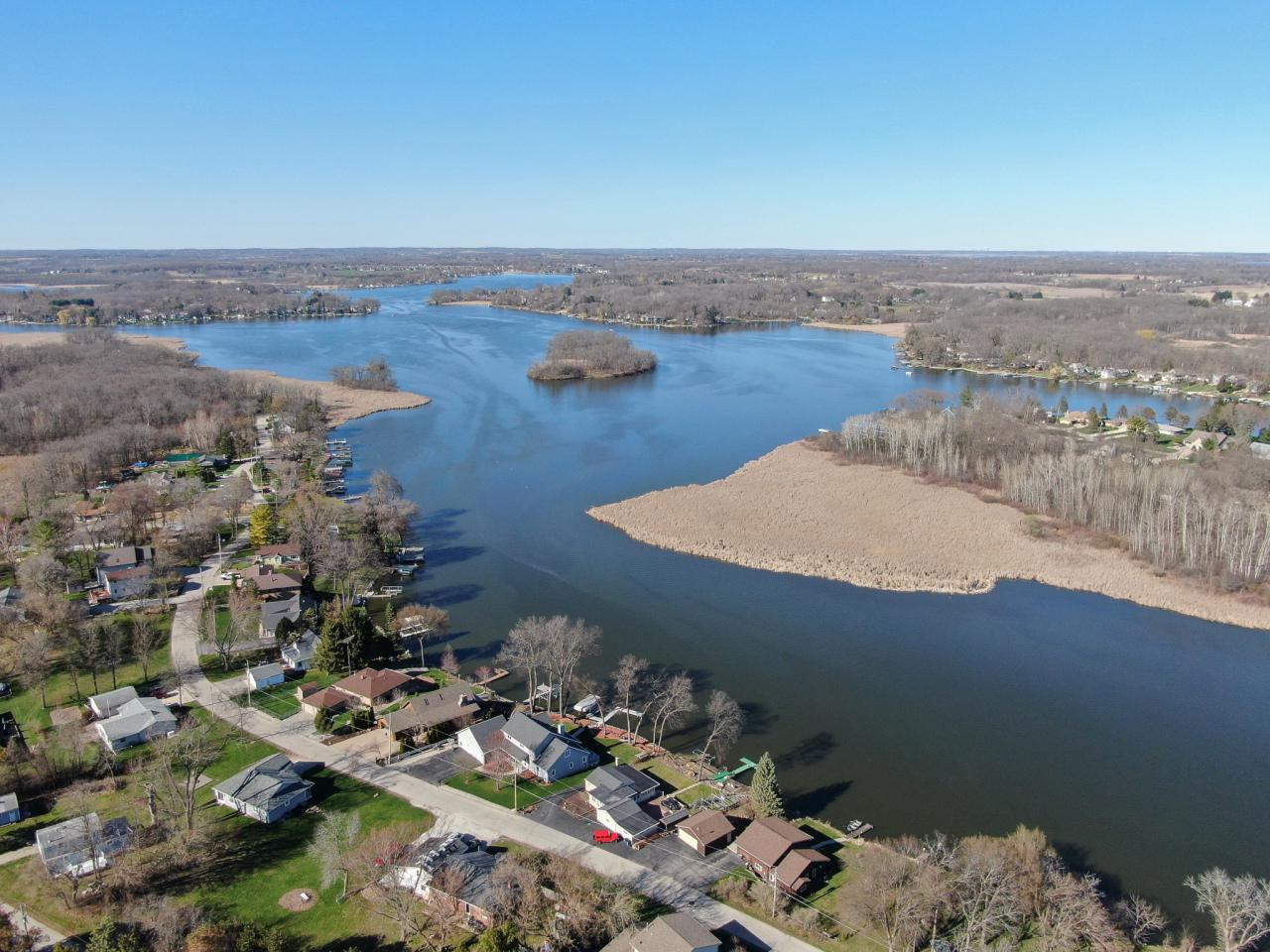 View Single-Family Home For Sale at 5516 W Peninsula Dr, Waterford, WI