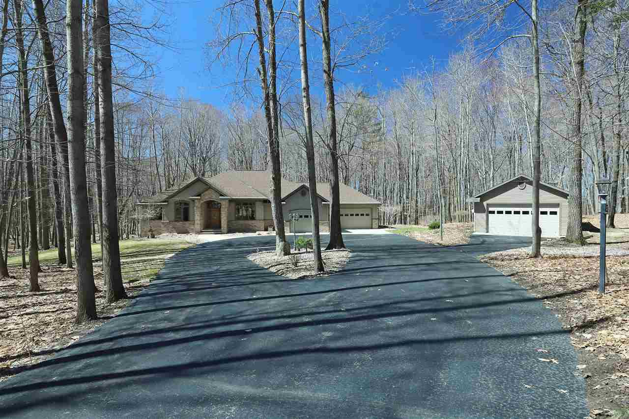 View Single-Family Home For Sale at N4663 STRUCK ROAD, New London, WI