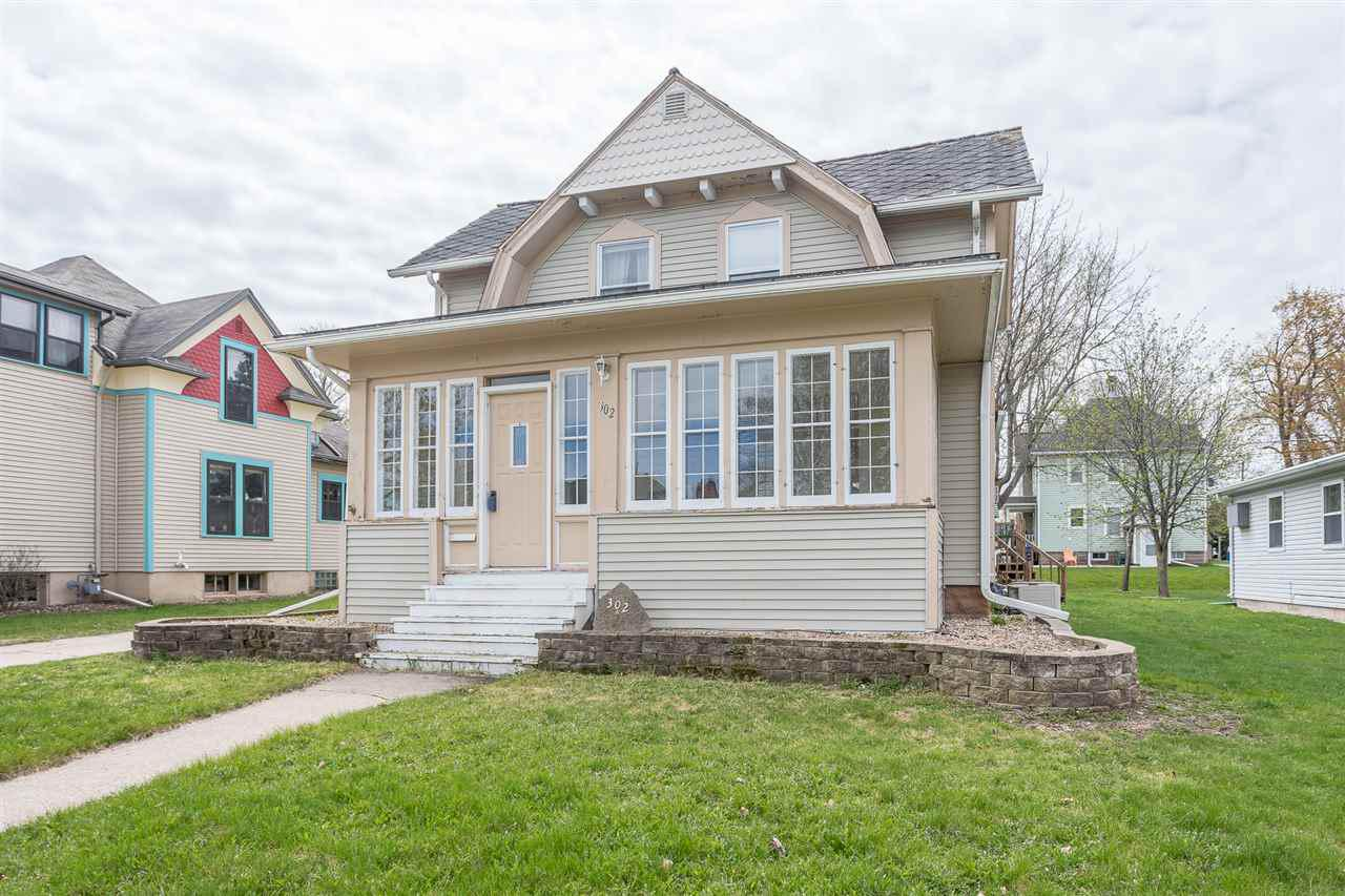 View Single-Family Home For Sale at 302 W COOK STREET, New London, WI