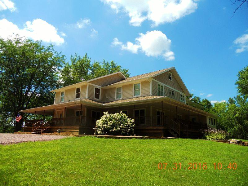 View Single-Family Home For Sale at 1511 Hwy 33, Portage, WI