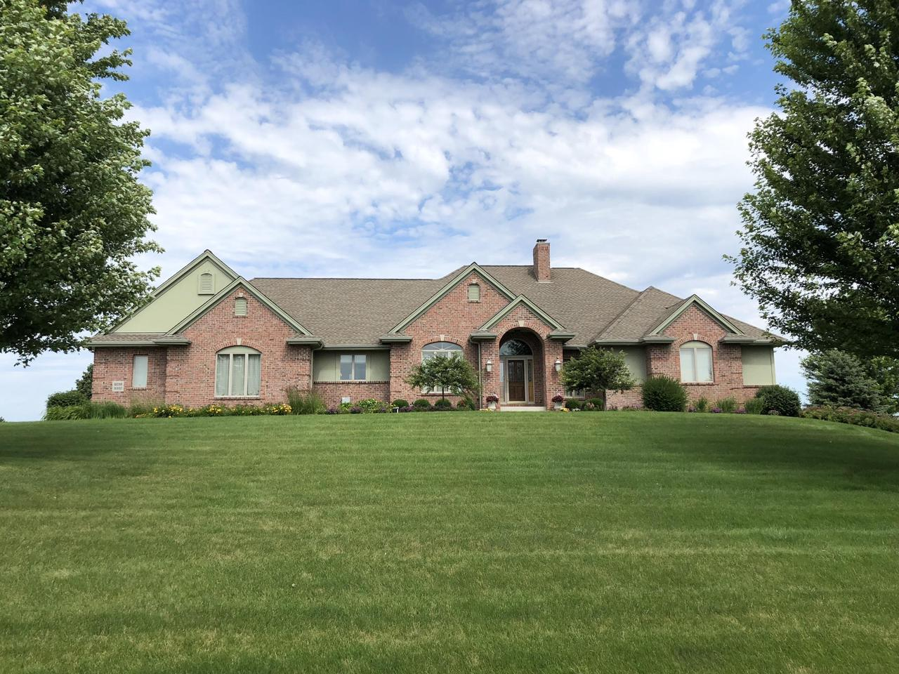 Waukesha Wi Homes For Sale Waukesha Wi Real Estate Place Perfect