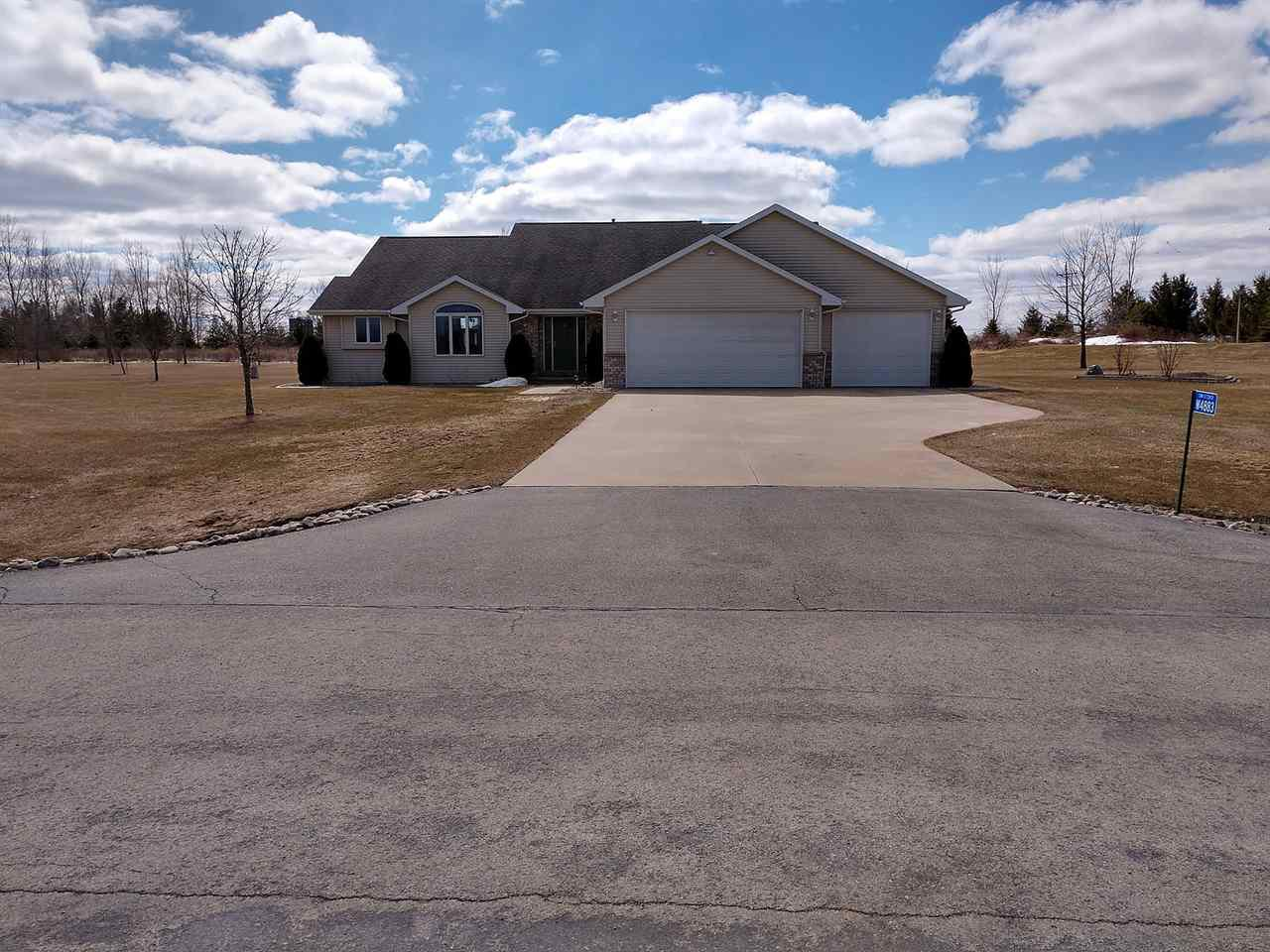 View Single-Family Home For Sale at W4883 DEER RUN DRIVE, Black Creek, WI