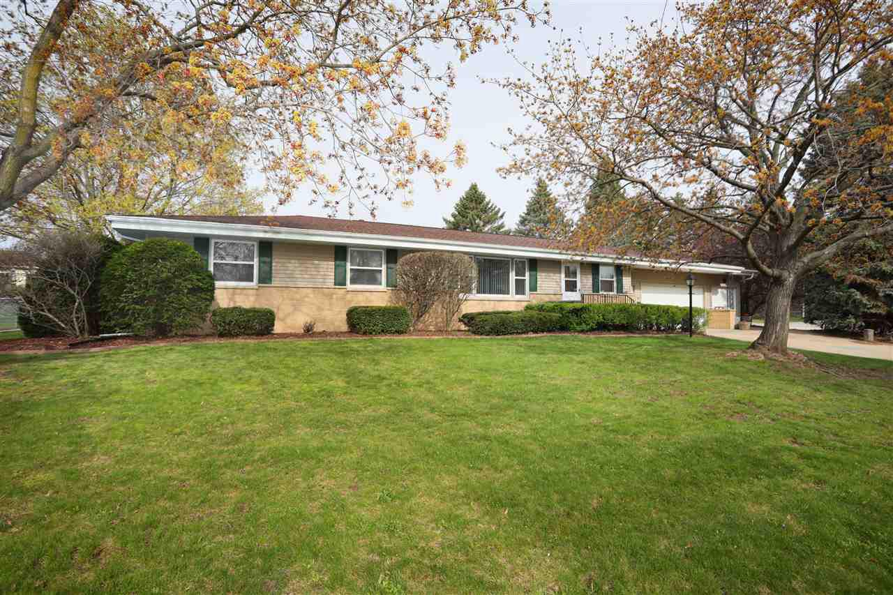 View Single-Family Home For Sale at 907 GREEN STREET, Seymour, WI