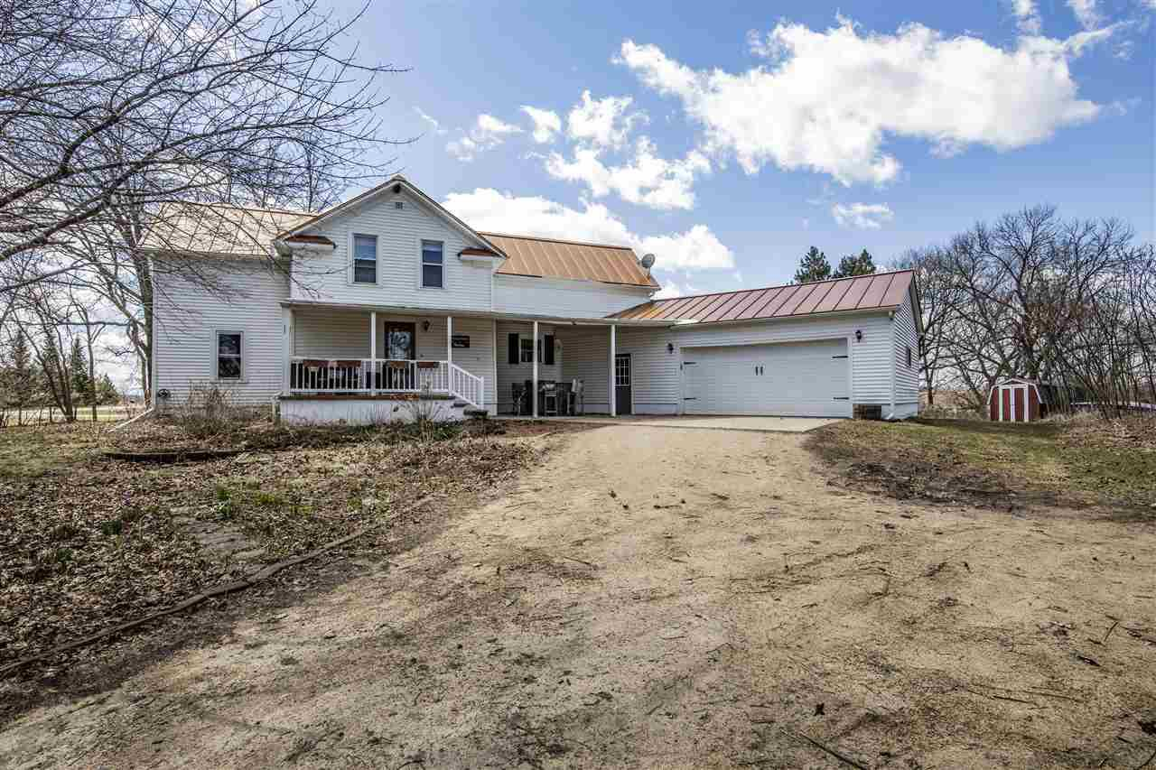 View Single-Family Home For Sale at N313 ISLAND ROAD, Neenah, WI