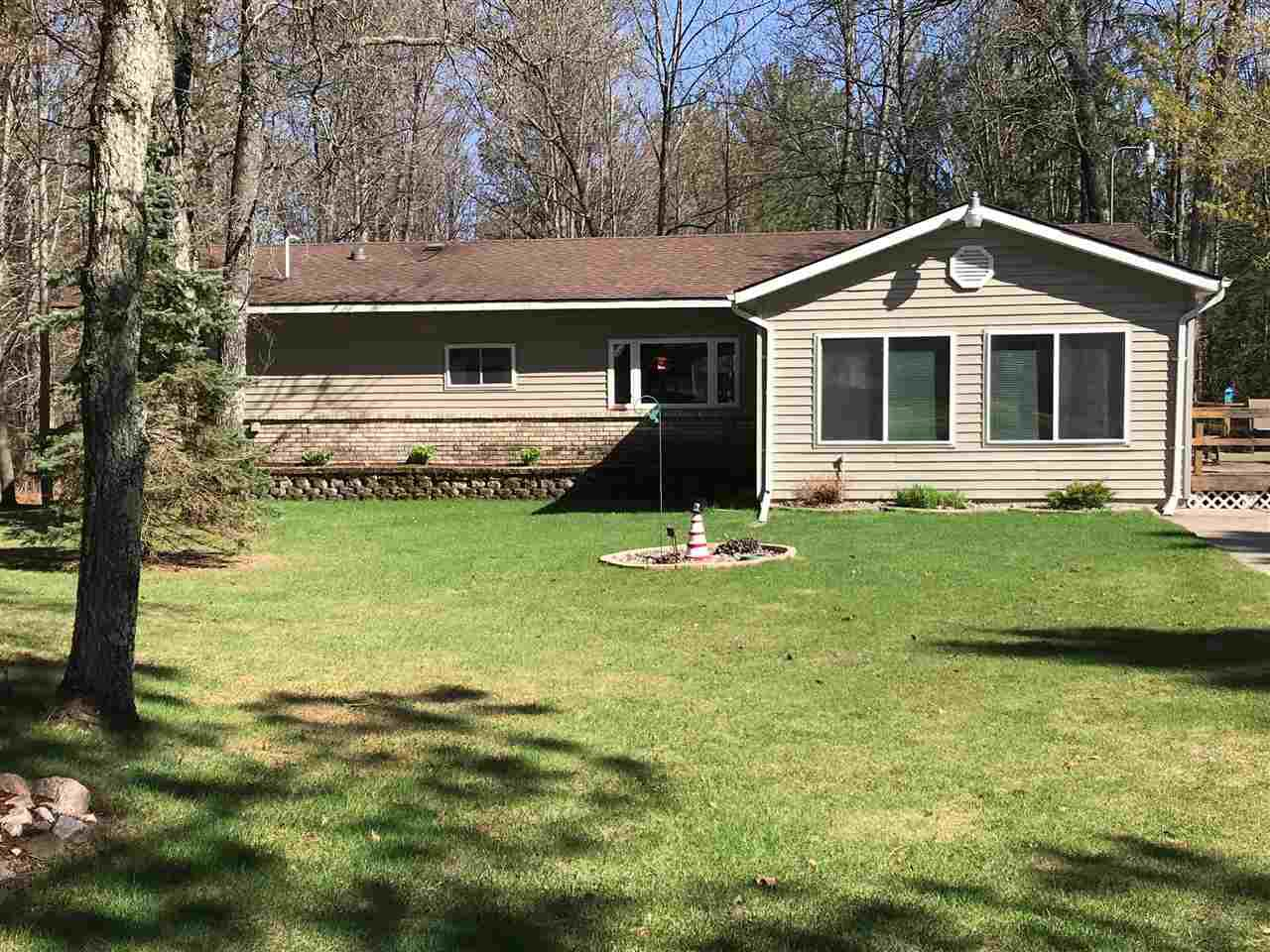 View Single-Family Home For Sale at N11878 BETTS LANE, Silver Cliff, WI