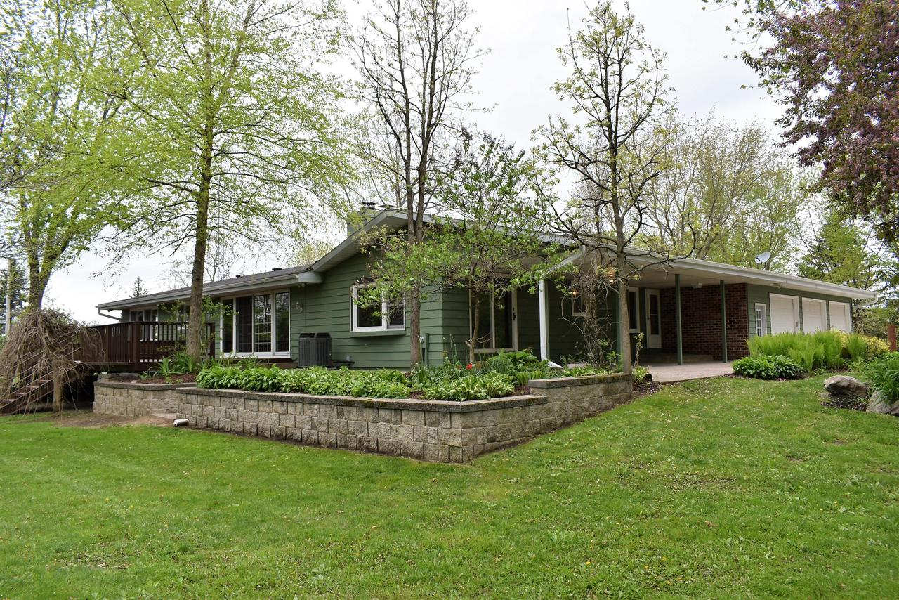 View Single-Family Home For Sale at W801 Rome Oak Hill Rd, Palmyra, WI