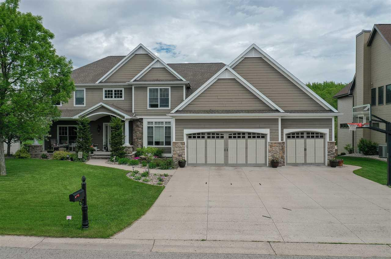 View Single-Family Home For Sale at 3802 N MAPLE EDGE COURT, Appleton, WI