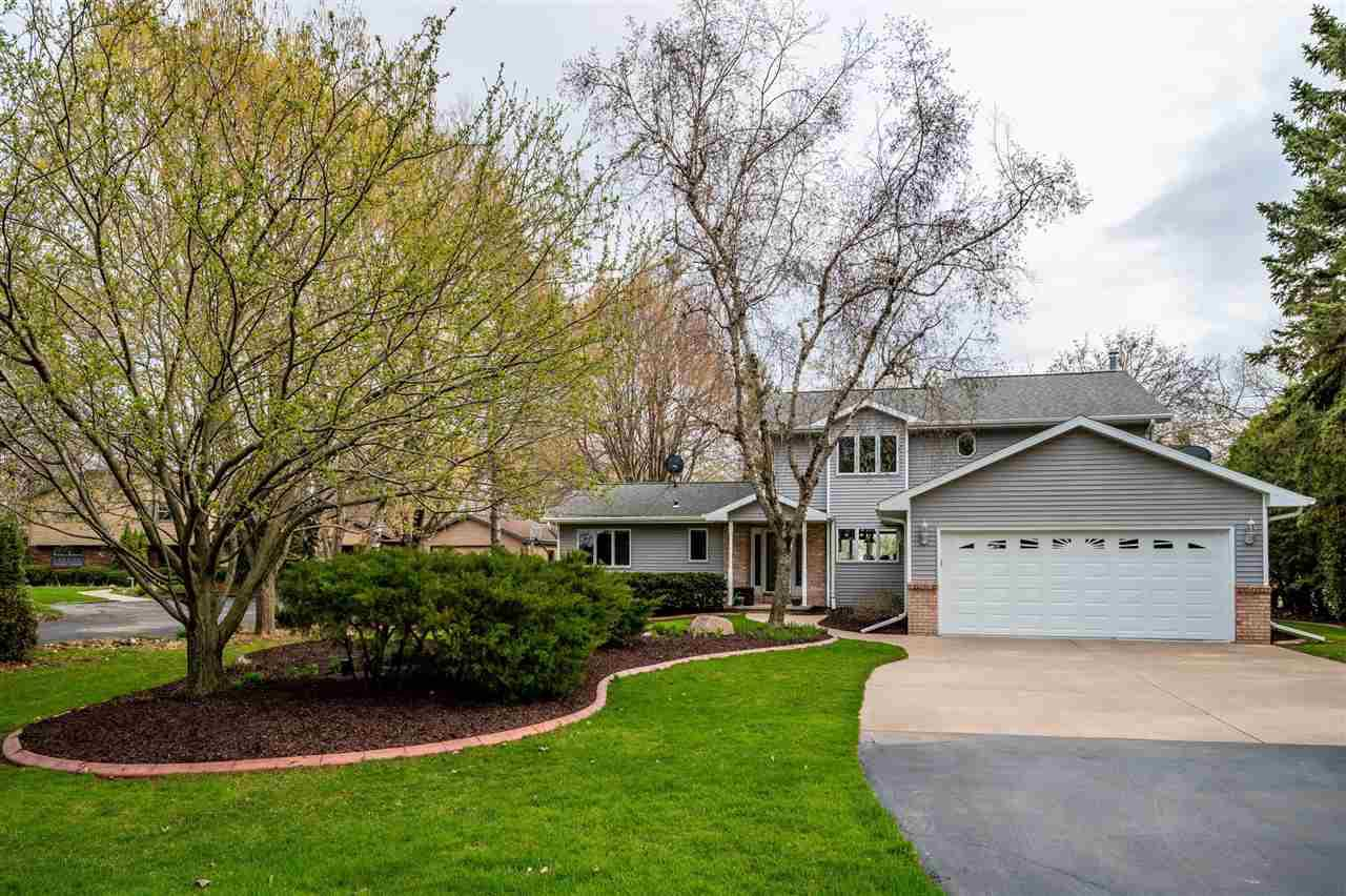 View Single-Family Home For Sale at W5473 MIELKE ROAD, Menasha, WI