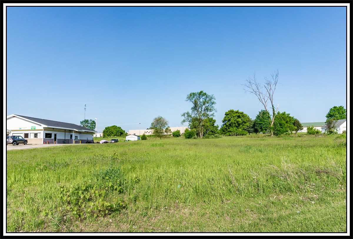 View Vacant Land For Sale at HWY T, New London, WI