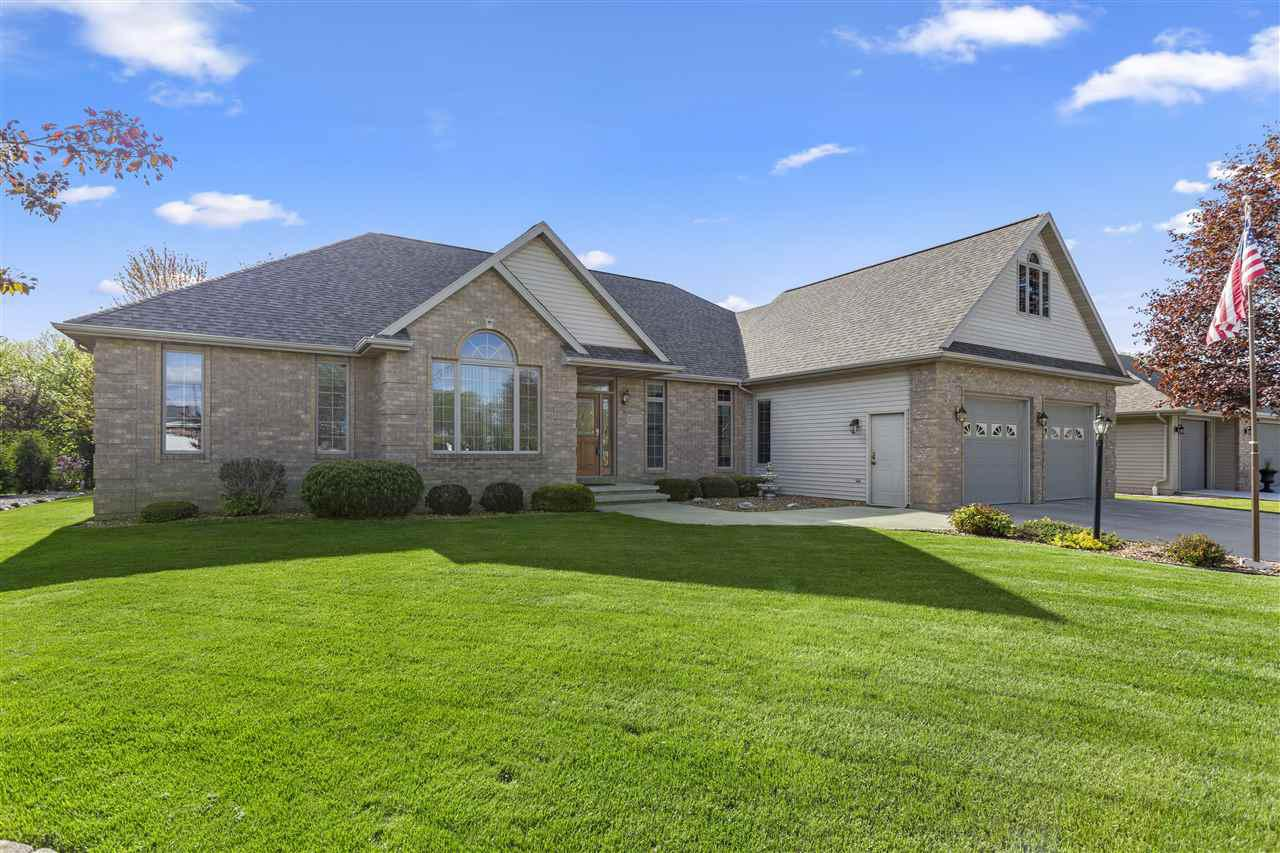 View Single-Family Home For Sale at 107 OAKRIDGE COURT, Combined Locks, WI