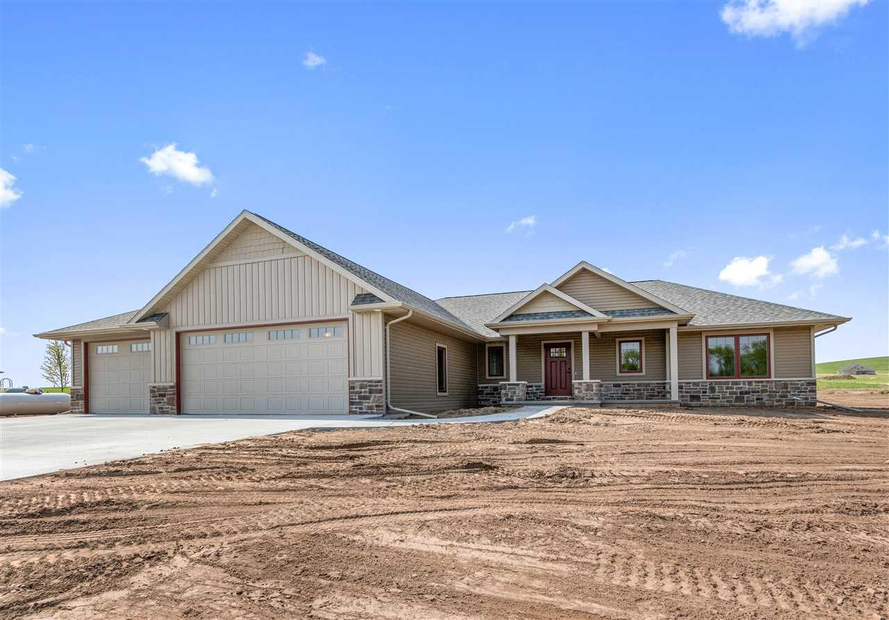 View Single-Family Home For Sale at W7531 CROSS COUNTRY LANE, Hortonville, WI