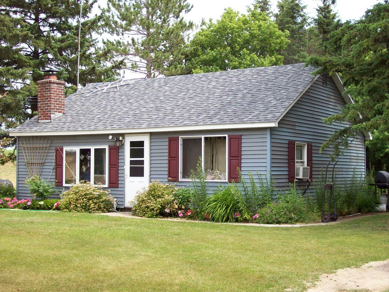 View Single-Family Home For Sale at N247 Highway 41, DAGGETT, MI