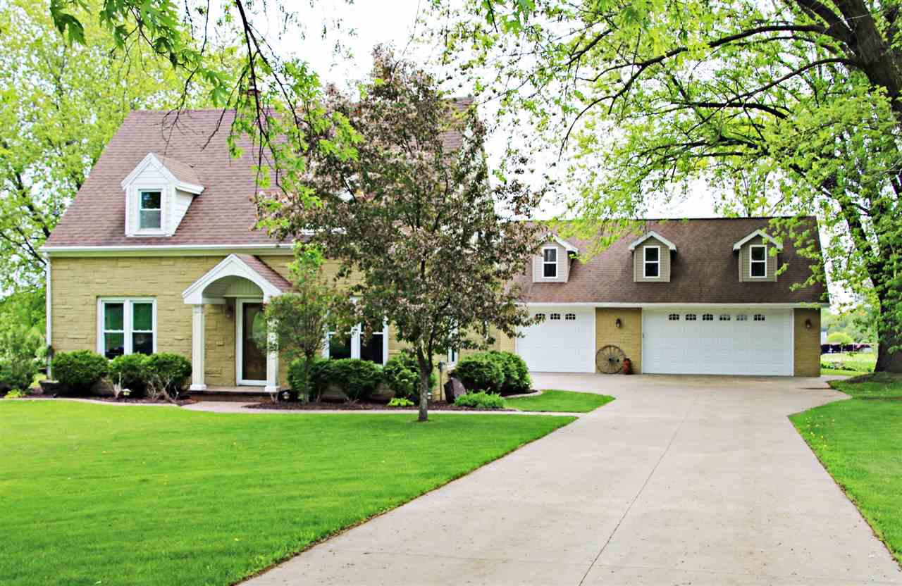 View Single-Family Home For Sale at N4136 HWY C, Freedom, WI