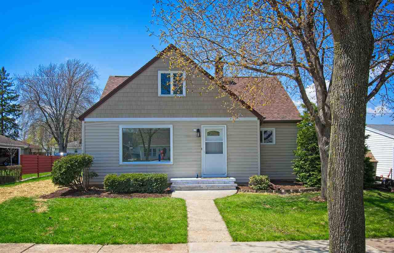 View Single-Family Home For Sale at 416 S MAIN STREET, Kimberly, WI