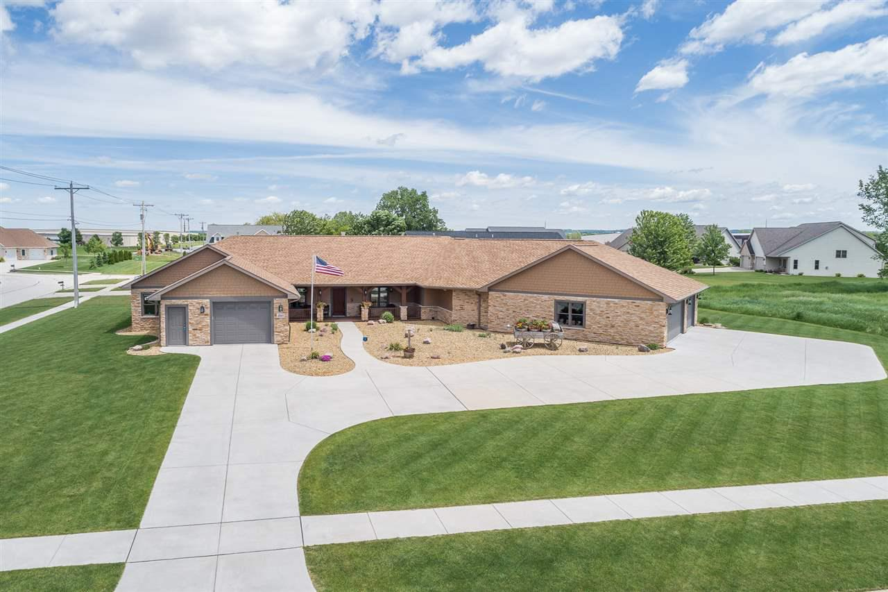View Single-Family Home For Sale at 2121 FOX POINT CIRCLE, De Pere, WI