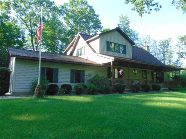 View Single-Family Home For Sale at N8758 Pines  Rd, Wausaukee, WI