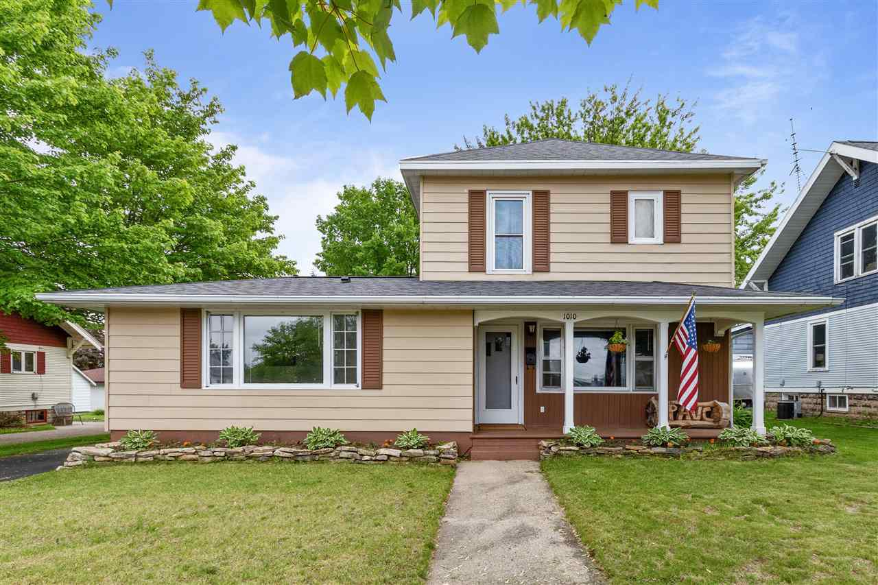 View Single-Family Home For Sale at 1010 S PEARL STREET, New London, WI