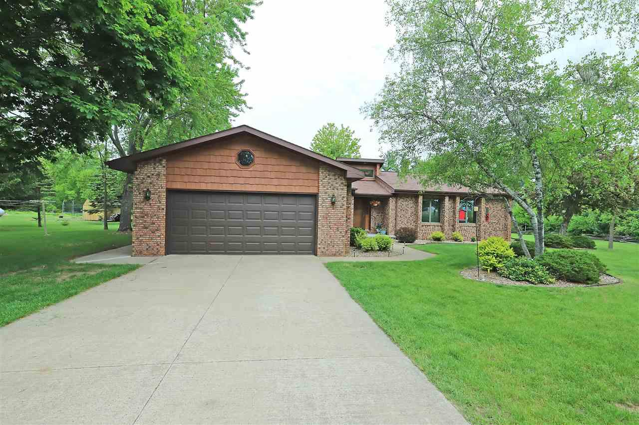 View Single-Family Home For Sale at W9948 KELLY DRIVE, Hortonville, WI