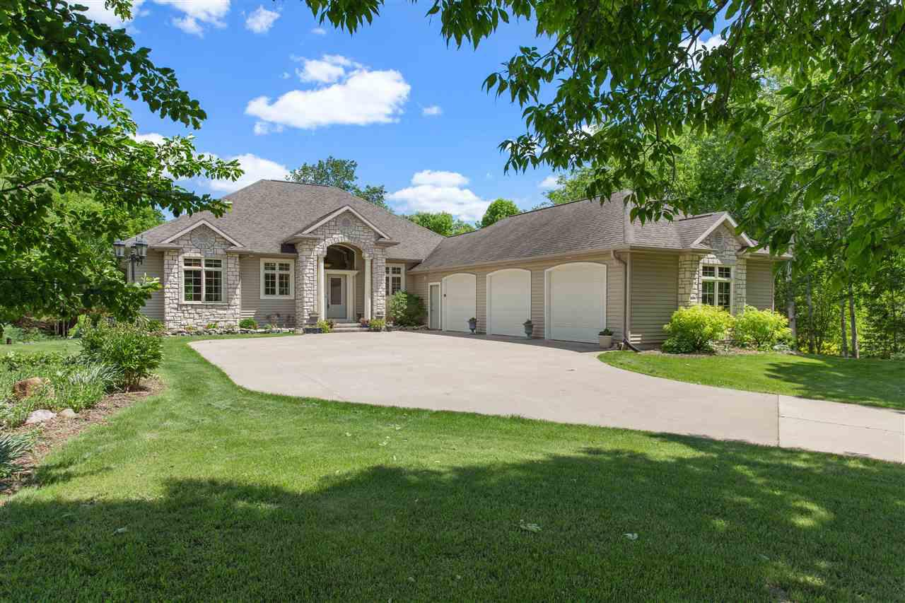 View Single-Family Home For Sale at N1008 WEST LAKE COURT, Hortonville, WI