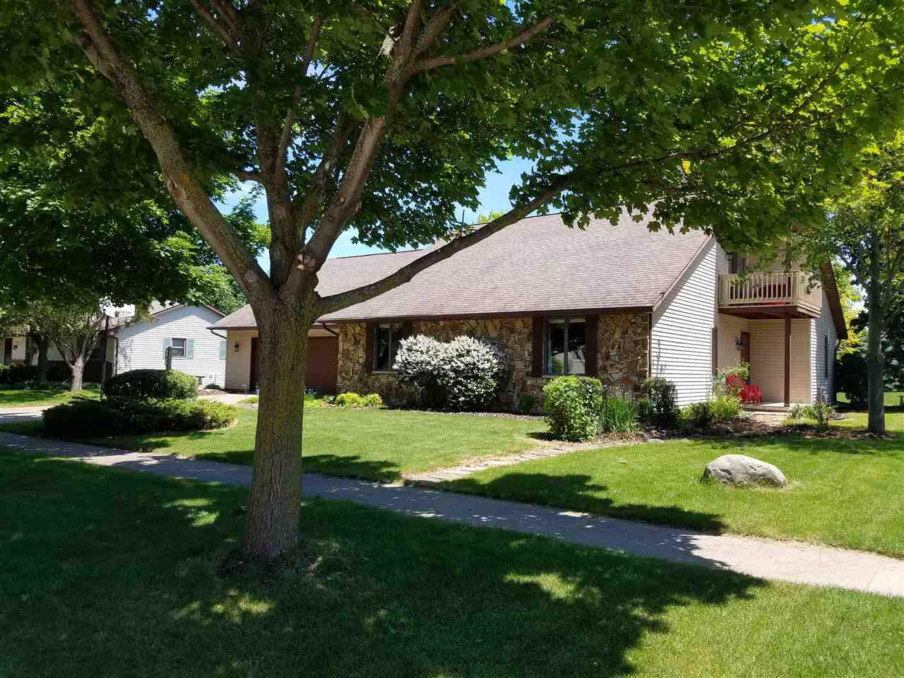 View Single-Family Home For Sale at 109 ACREVIEW DRIVE, De Pere, WI