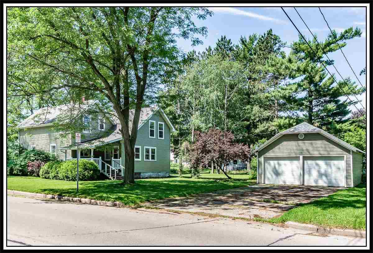 View Single-Family Home For Sale at 421 E PINE STREET, New London, WI