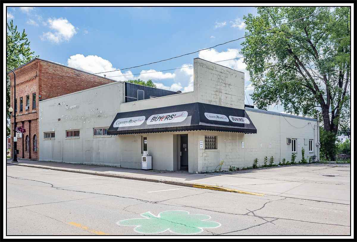 View Commercial For Sale at 416 W NORTH WATER STREET, New London, WI