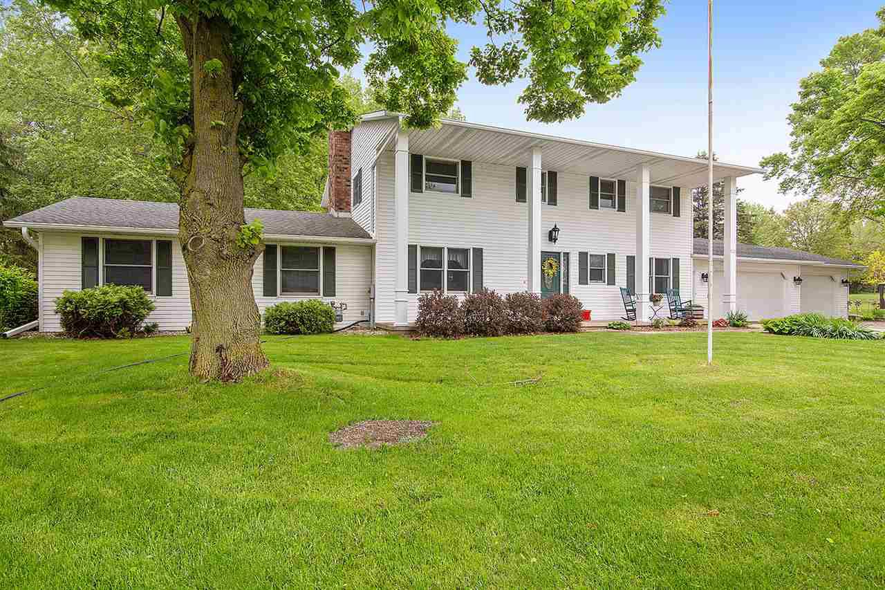 View Single-Family Home For Sale at 3154 CARNOUSTIE WAY, New Franken, WI