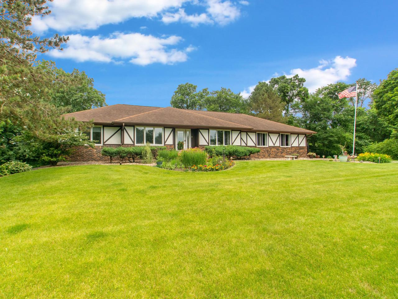 View Single-Family Home For Sale at 1635 West LN, La Crescent, MN