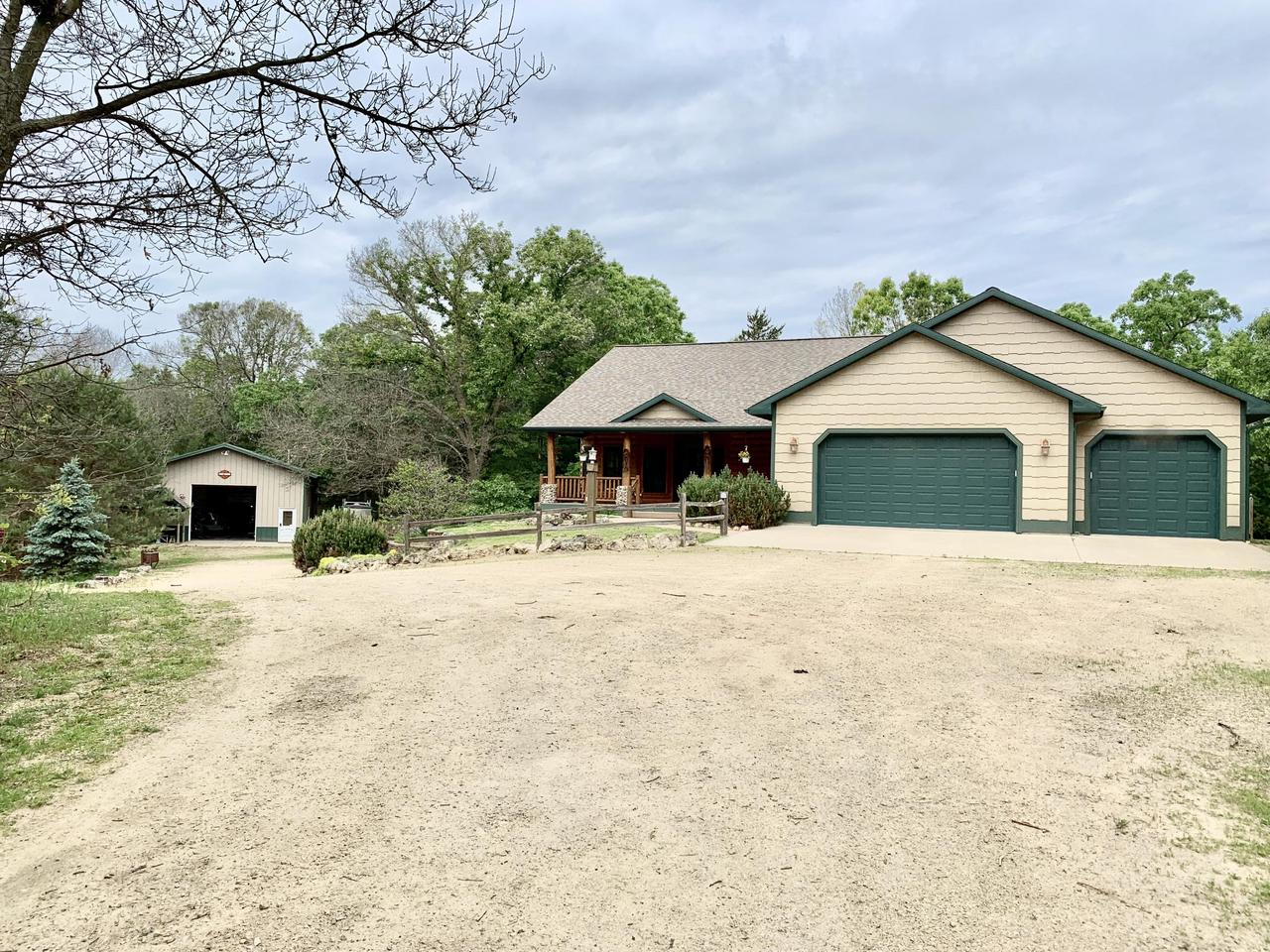 View Single-Family Home For Sale at 18739 Icebox Rd, Sparta, WI