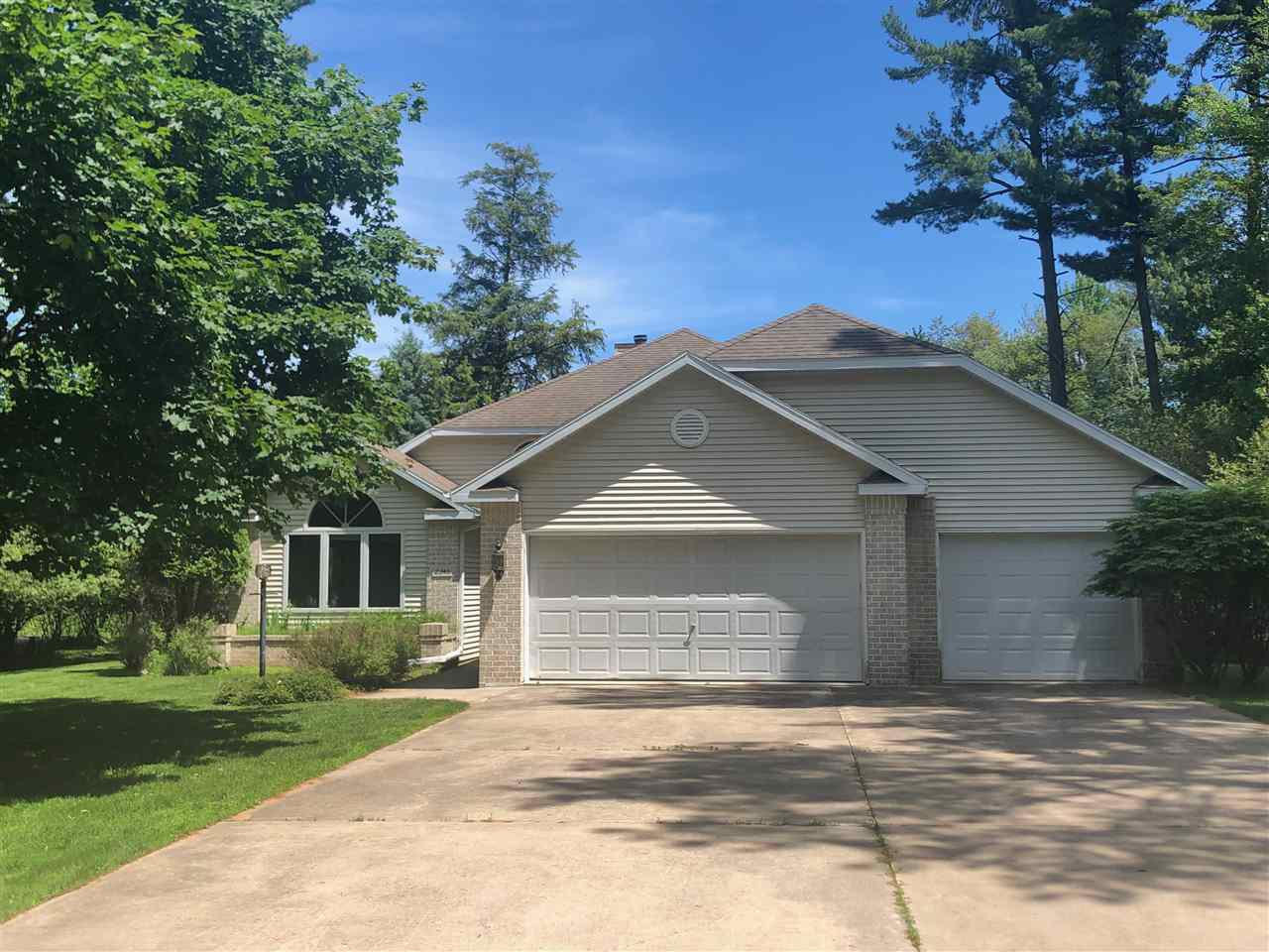 View Single-Family Home For Sale at 2346 WOODVIEW LANE, Marinette, WI