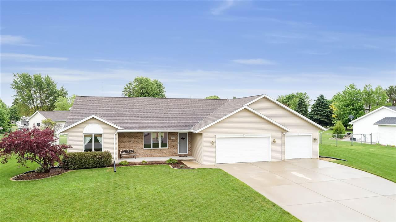 View Single-Family Home For Sale at 2007 COUPLES COURT, New Franken, WI