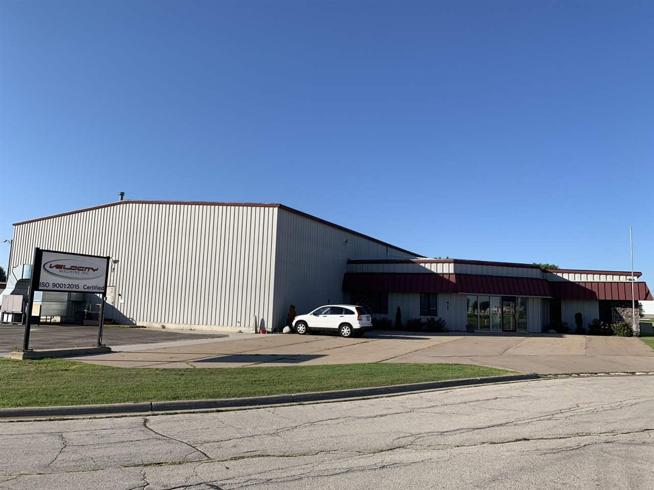 View Commercial For Sale at 817 MARQUIS WAY, Green Bay, WI