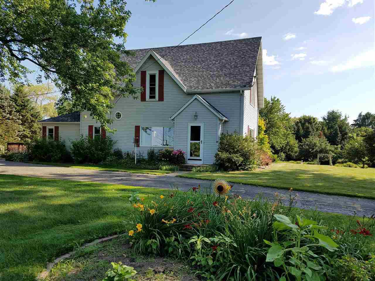 View Single-Family Home For Sale at 202830 STATE HIGHWAY 97, Marshfield, WI