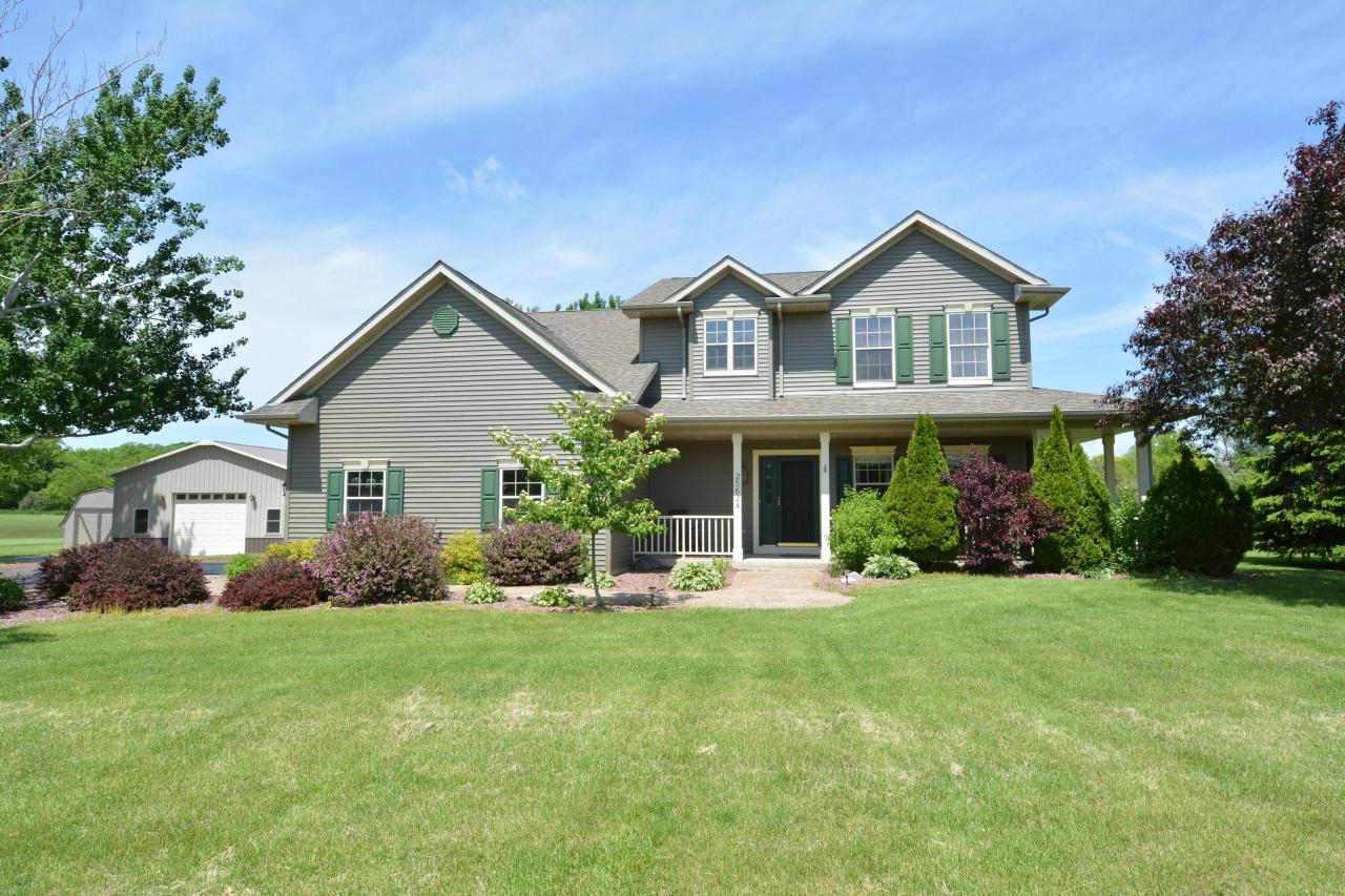 View Single-Family Home For Sale at 25624 White Tail Ct, Waterford, WI