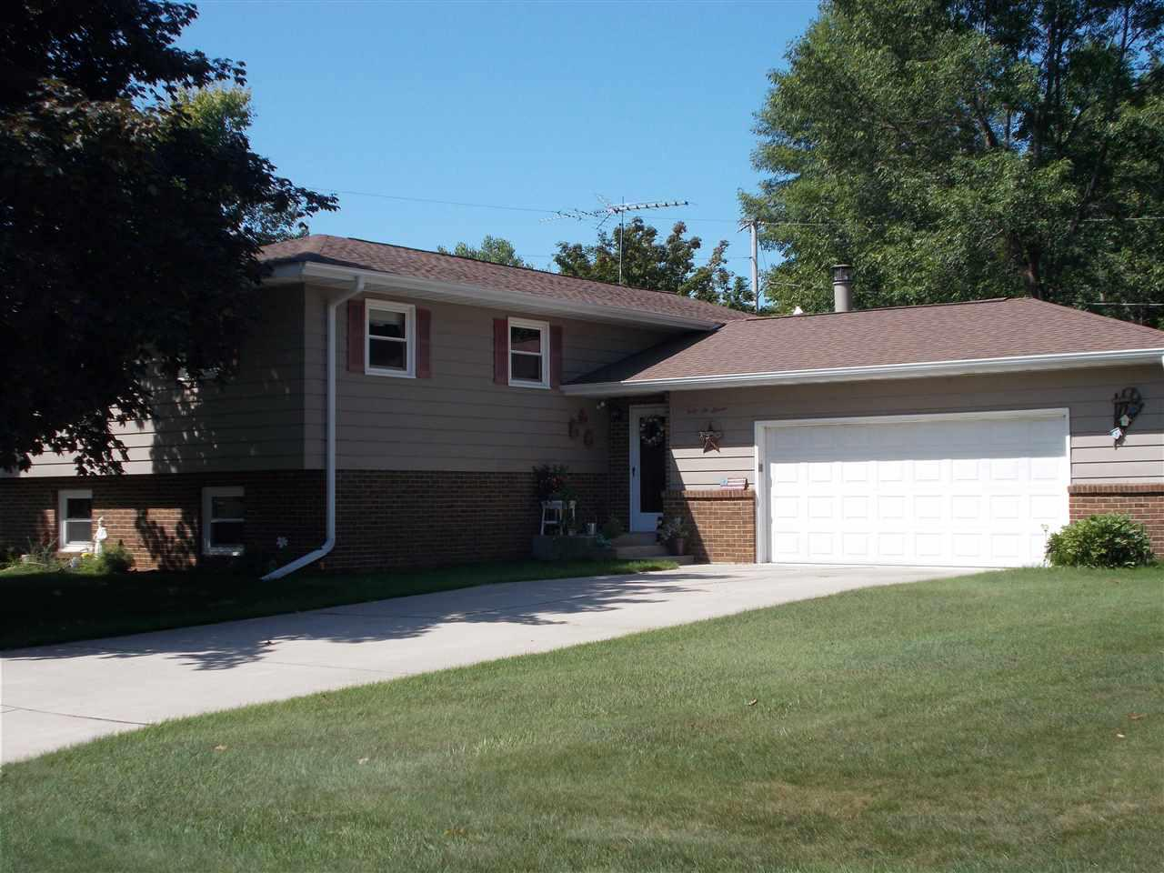 View Single-Family Home For Sale at 4611 14TH STREET, Menominee, MI