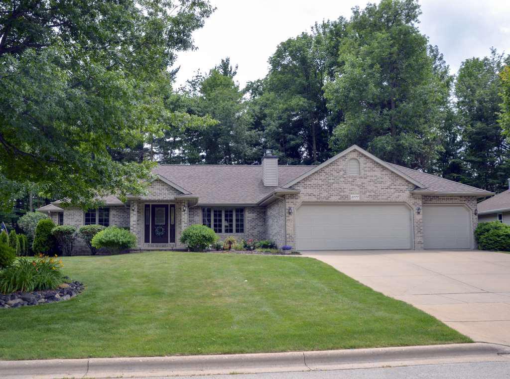 View Single-Family Home For Sale at 2777 DEWEY DECKER DRIVE, Green Bay, WI
