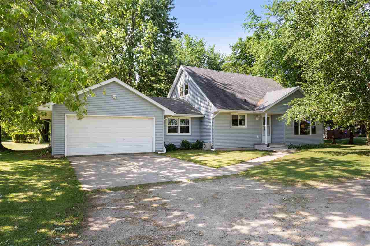 View Single-Family Home For Sale at W1703 HWY JJ, Kaukauna, WI