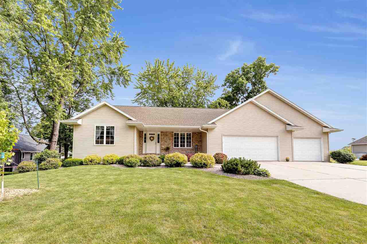 View Single-Family Home For Sale at 3853 SHORE CREST TRAIL, Green Bay, WI